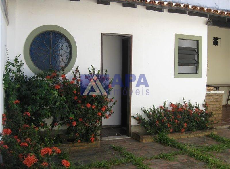 Casa PLinda_031 Suite Fundos (guardados)